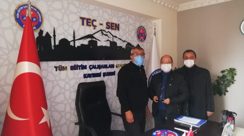Kurucu Üyemiz Zafer ALBAYRAK'a Teşekkür Plaketi Verildi.